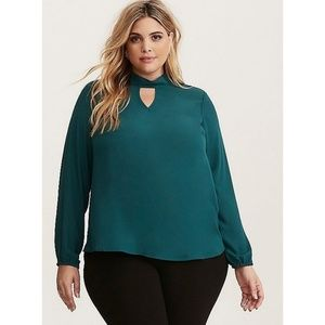 [1X] Torrid - Mock Tie Neck Blouse